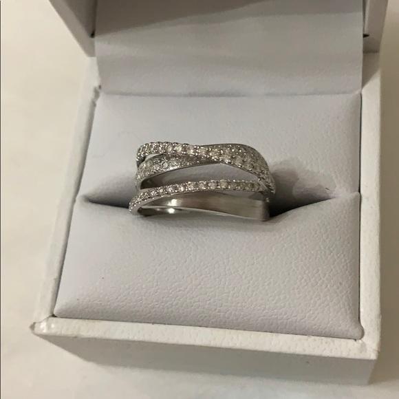 Stunning 14K white gold with diamonds